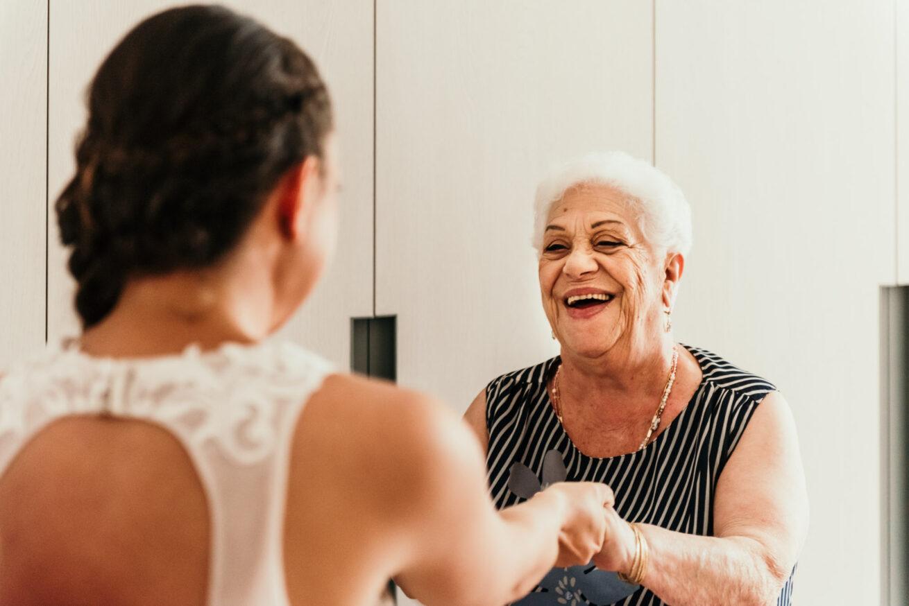 Matrimonio Bologna, preparazione sposa, nonna della sposa