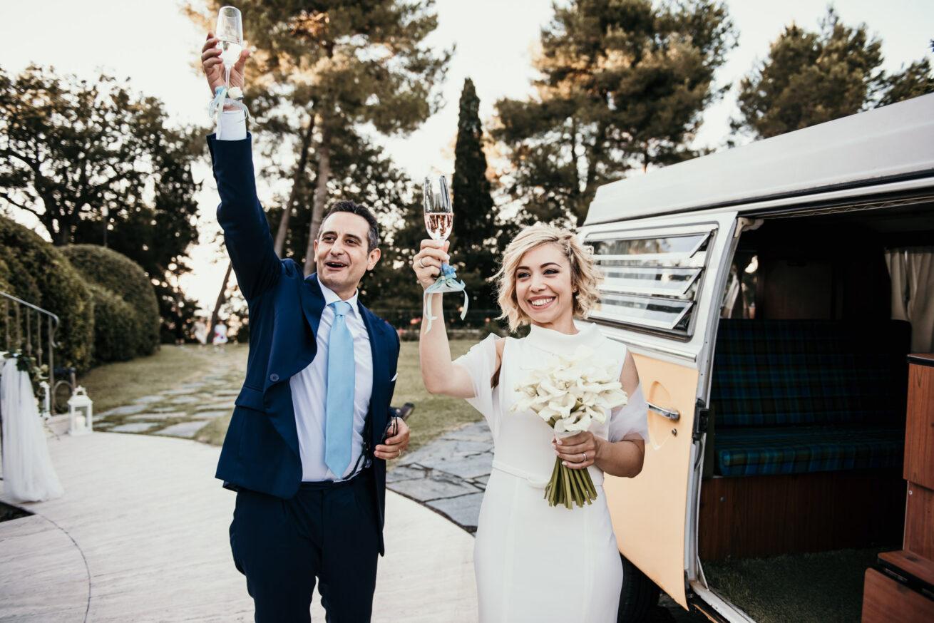 Matrimonio a Rimini, brindisi con gli sposi a Villa Matarazzo a Gradara