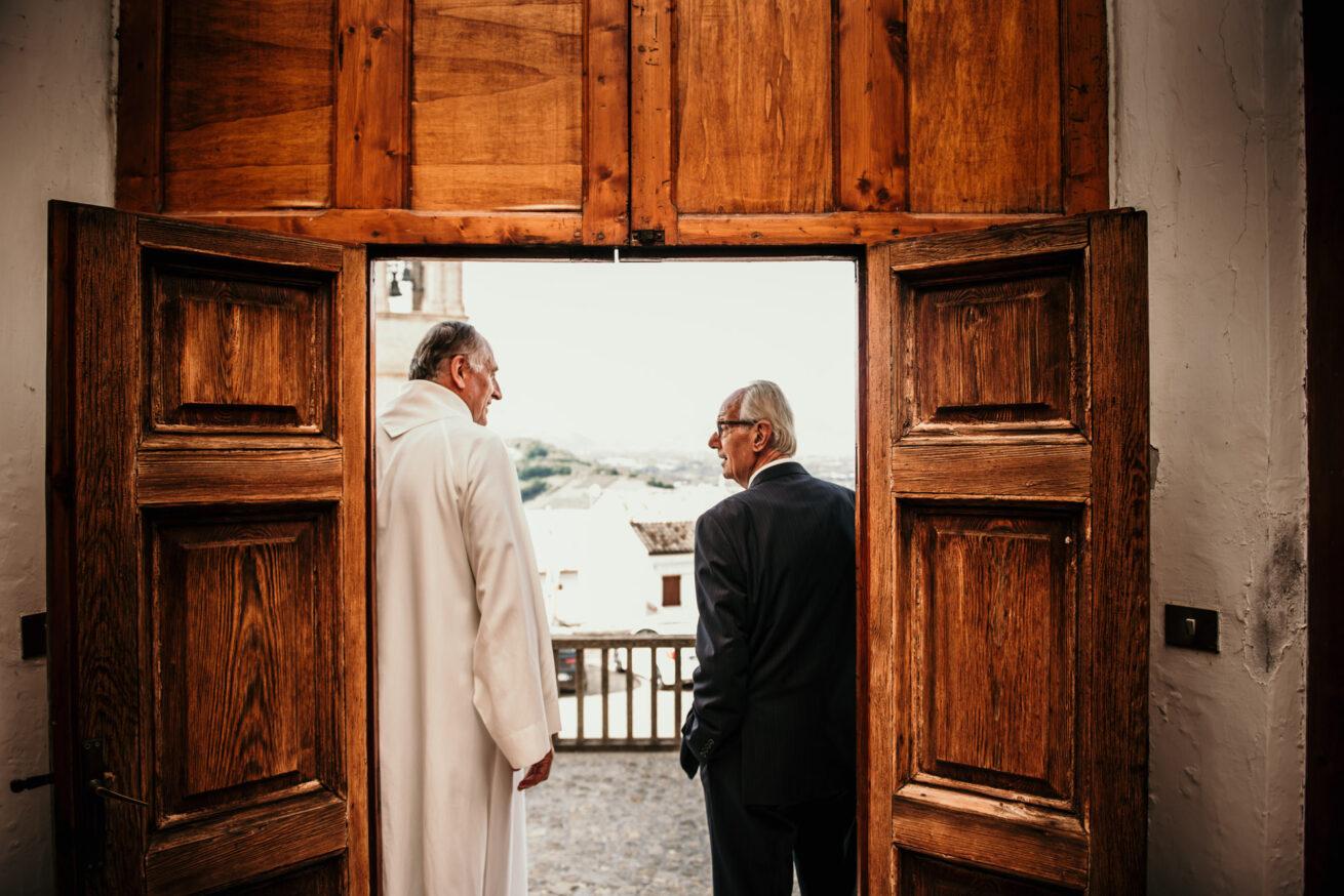 matrimonio Ancona attesadegli sposi , padre della sposa