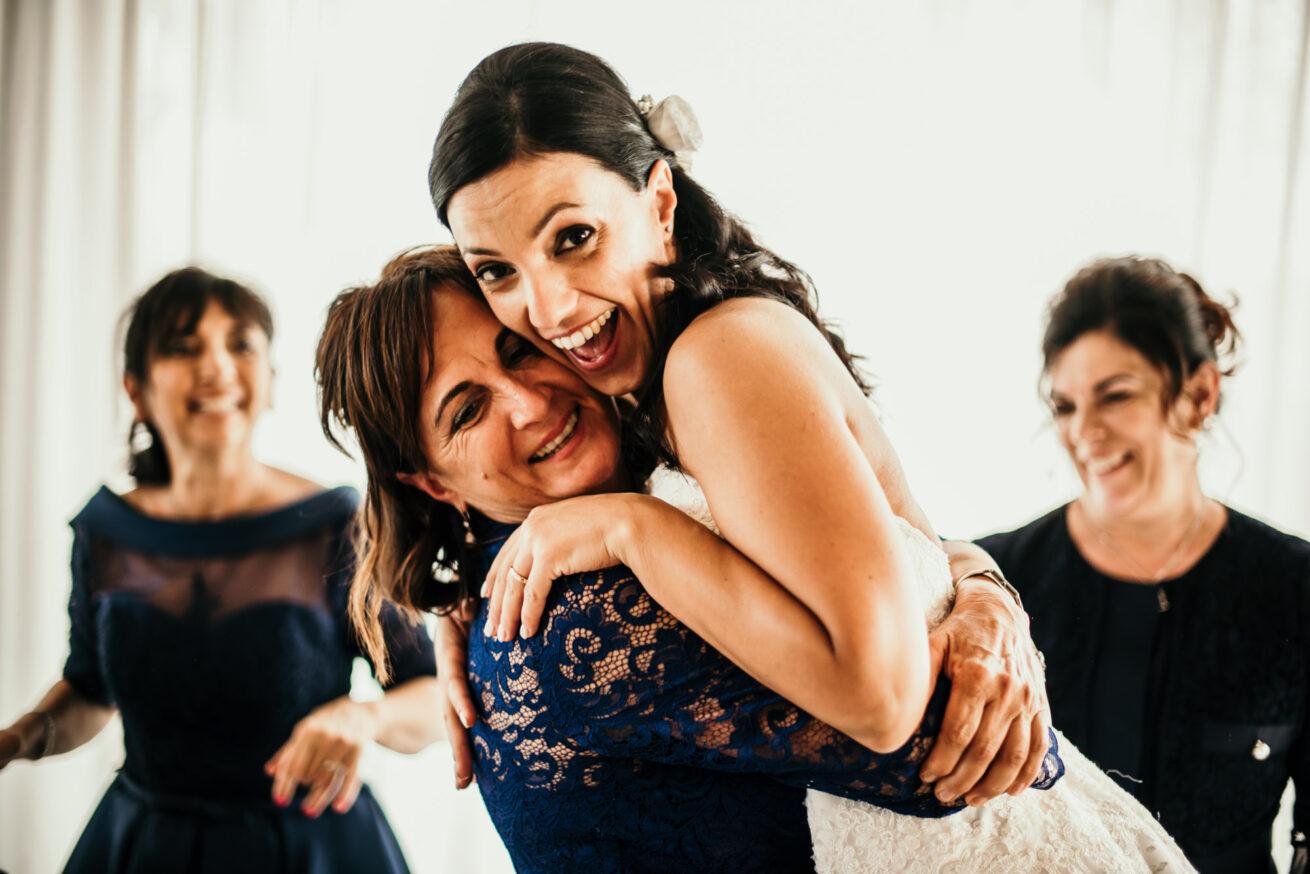 Matrimonio Ancona, la mamma della sposa a Villa Honorata a Serra dei Conti