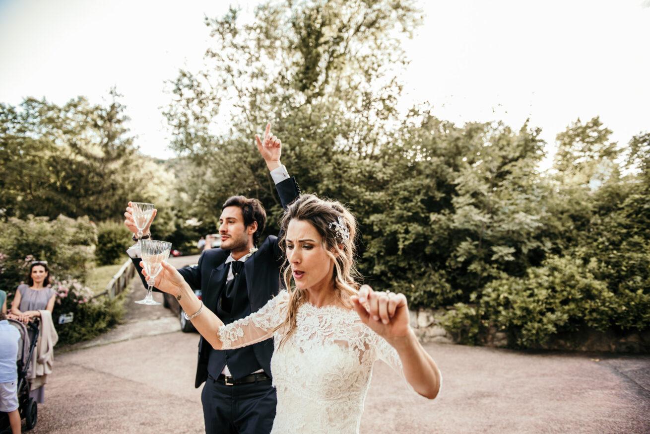 Matrimonio Reggio Emilia, brindisi sposi,  la Valle 1463 Viano