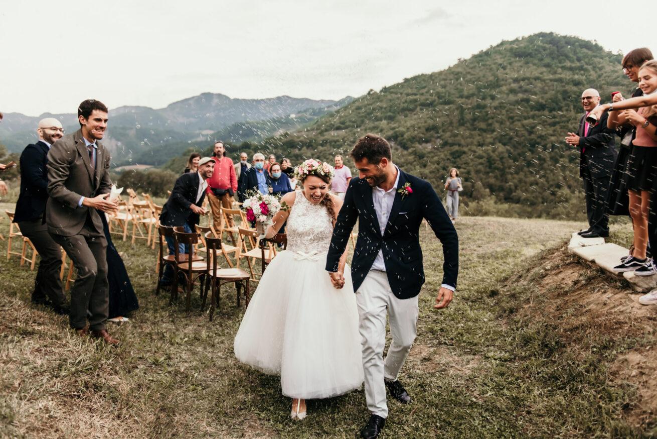 Matrimonio a Bologna sulle colline, lancio del riso, location Aldilà del Fiume Marzabotto