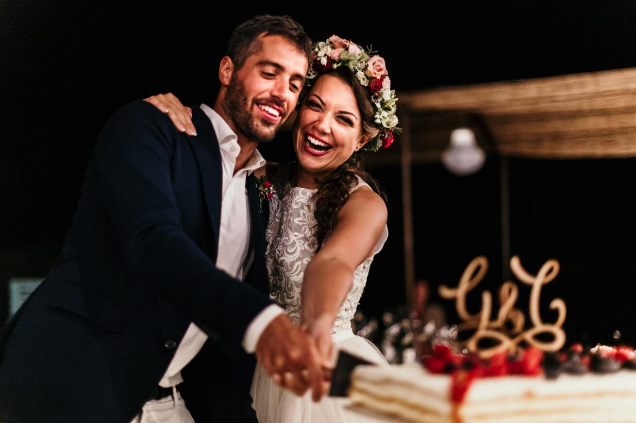 Matrimonio a Bologna, taglio della torta, location Agriturismo Adilà del Fiume Marzabotto,