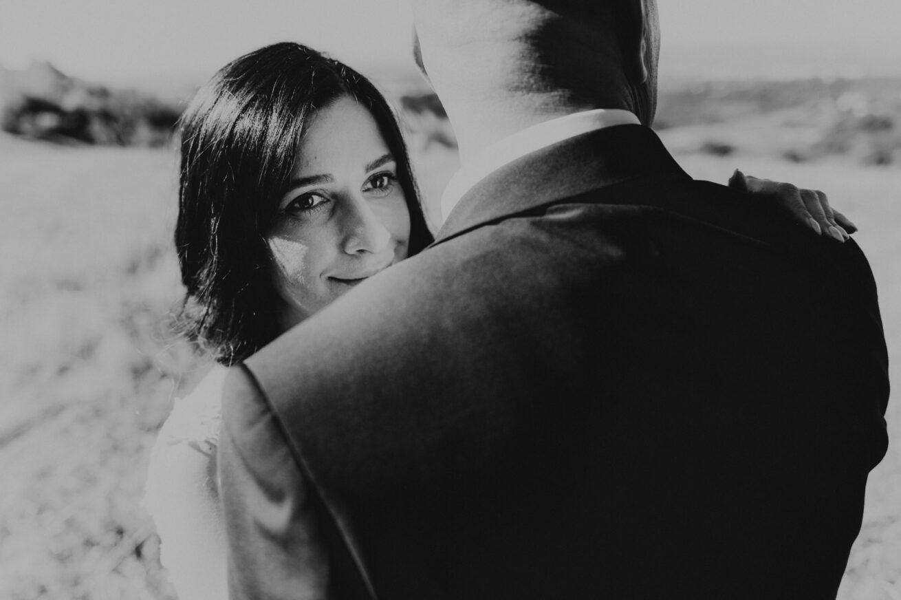 Matrimonio a Bologna, foto sposi sui colli Bolognesi, agriturismo Guardastelle a Monte San Pietro
